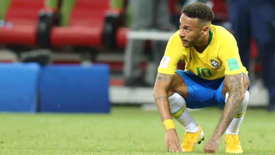 CRITIQUES : Neymar fuit ses responsabilités après la Coupe du Monde