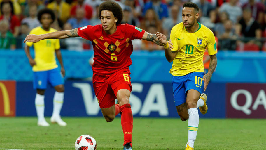 KAZAN, RUSSIA - JULY 06: Axel Witsel of Belgium and Neymar of Brazi lbattle for the ball during the 2018 FIFA World Cup Russia Quarter Final match between Brazil and Belgium at Kazan Arena on July 6, 2018 in Kazan, Russia. (Photo by TF-Images/Getty Images)