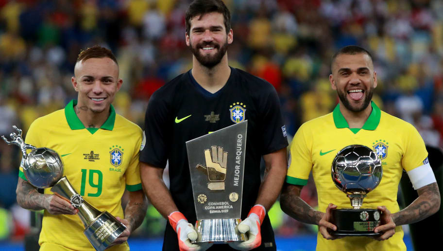 Everton,Alisson Becker,Dani Alves