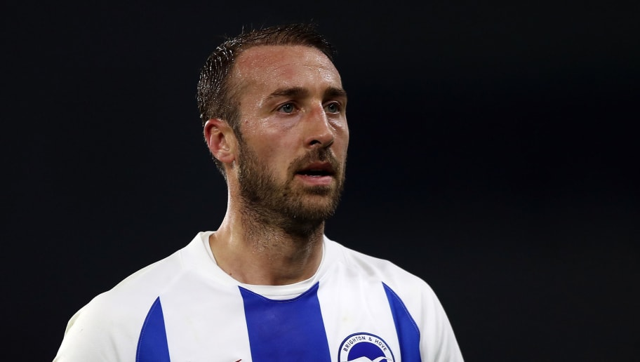 BRIGHTON, ENGLAND - OCTOBER 05:  Glenn Murray of Brighton & Hove Albion shouts instructions during the Premier League match between Brighton & Hove Albion and West Ham United at American Express Community Stadium on October 5, 2018 in Brighton, United Kingdom.  (Photo by Bryn Lennon/Getty Images)