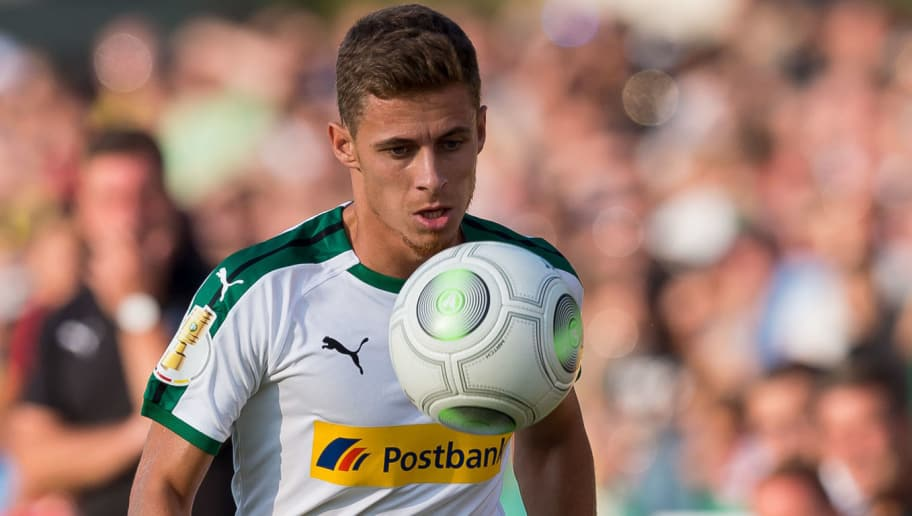BREMEN, GERMANY - AUGUST 19: Thorgan Hazard of Borussia Moenchengladbach controls the ball during the DFB Cup first round match between BSC Hastedt and Borussia Moenchengladbach at Weserstadion Platz 11 on August 19, 2018 in Bremen, Germany. (Photo by TF-Images/Getty Images)