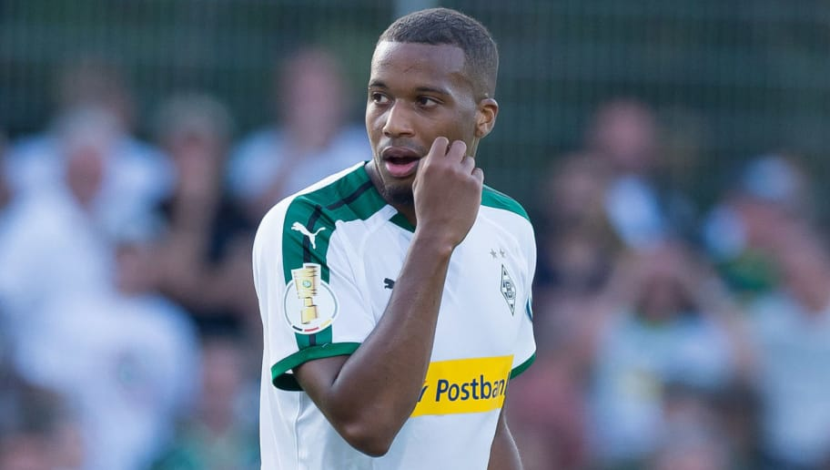 BREMEN, GERMANY - AUGUST 19: Alassane Plea of Borussia Moenchengladbach looks on during the DFB Cup first round match between BSC Hastedt and Borussia Moenchengladbach at Weserstadion Platz 11 on August 19, 2018 in Bremen, Germany. (Photo by TF-Images/Getty Images)
