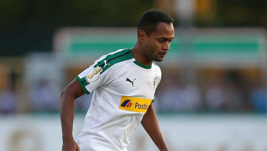 BREMEN, GERMANY - AUGUST 19: Raffael of Borussia Moenchengladbach in action during the DFB Cup first round match between BSC Hastedt and Borussia Moenchengladbach at stadium Platz 11 on August 19, 2018 in Bremen, Germany. (Photo by Cathrin Mueller/Bongarts/Getty Images)