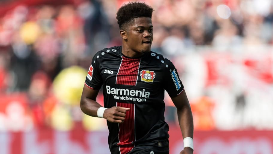 (L-R) Leon Bailey of Bayer 04 Leverkusen DFL REGULATIONS PROHIBIT ANY USE OF PHOTOGRAPHS AS IMAGE SEQUENCES AND/OR QUASI-VIDEO during the Bundesliga match between Bayer 04 Leverkusen and VFL Wolfsburg at the BayArena,  on September 01, 2018 in Leverkusen, Germany(Photo by VI Images via Getty Images)