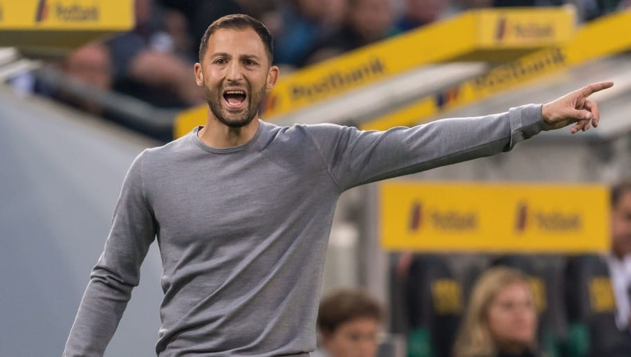 coach Domenico Tedesco of FC Schalke 04 DFL REGULATIONS PROHIBIT ANY USE OF PHOTOGRAPHS AS IMAGE SEQUENCES AND/OR QUASI-VIDEO. during the Bundesliga match between Borussia Monchengladbach and FC Schalke 04 at the Borussia-Park,  on September 15, 2018 in Monchengladbach, Germany(Photo by VI Images via Getty Images)