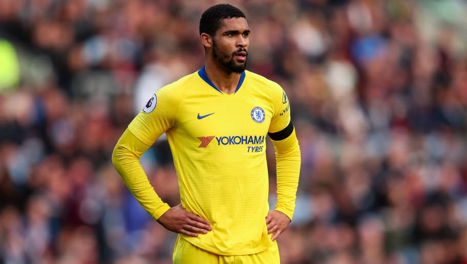 BURNLEY, ENGLAND - OCTOBER 28: Ruben Loftus-Cheek of Chelsea during the Premier League match between Burnley FC and Chelsea FC at Turf Moor on October 28, 2018 in Burnley, United Kingdom. (Photo by Robbie Jay Barratt - AMA/Getty Images)