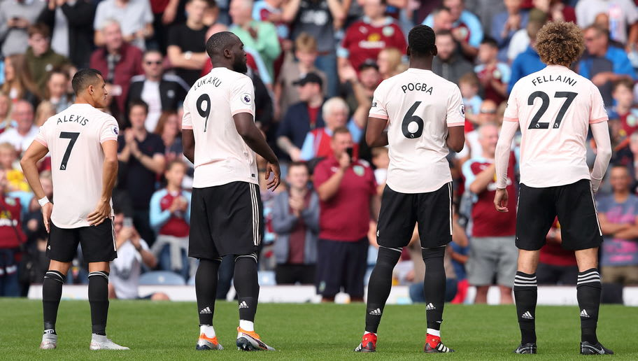 BURNLEY, ENGLAND - SEPTEMBER 02: Alexis Sanchez of Manchester United and Romelu Lukaku of Manchester United and Paul Pogba of Manchester United and Marouane Fellaini of Manchester United in Manchester United's pink third kit during the Premier League match between Burnley FC and Manchester United at Turf Moor on September 2, 2018 in Burnley, United Kingdom. (Photo by James Williamson - AMA/Getty Images)