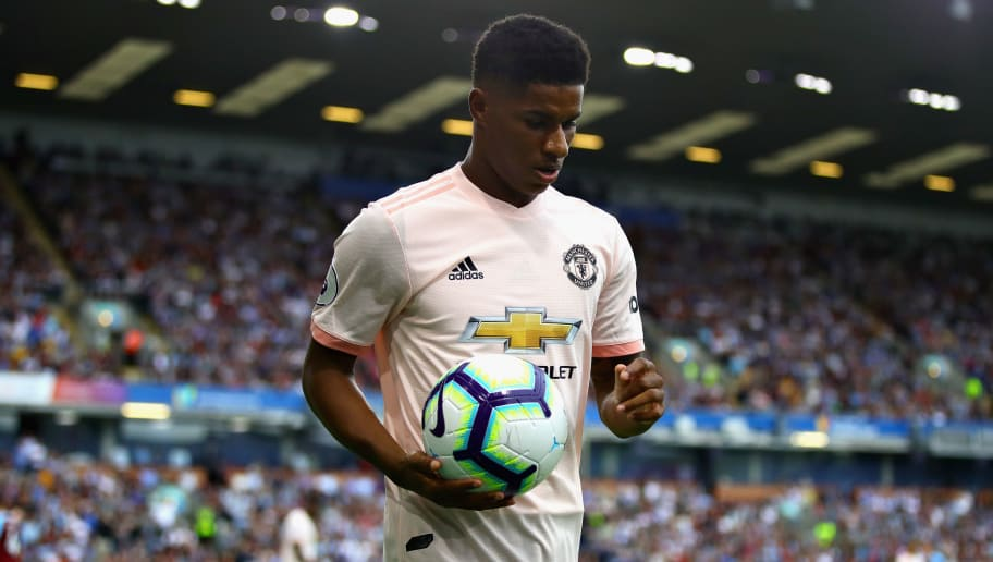 BURNLEY, ENGLAND - SEPTEMBER 02: Marcus Rashford of Manchester United prepares to take a corner during the Premier League match between Burnley FC and Manchester United at Turf Moor on September 2, 2018 in Burnley, United Kingdom.  (Photo by Chris Brunskill/Fantasista/Getty Images)