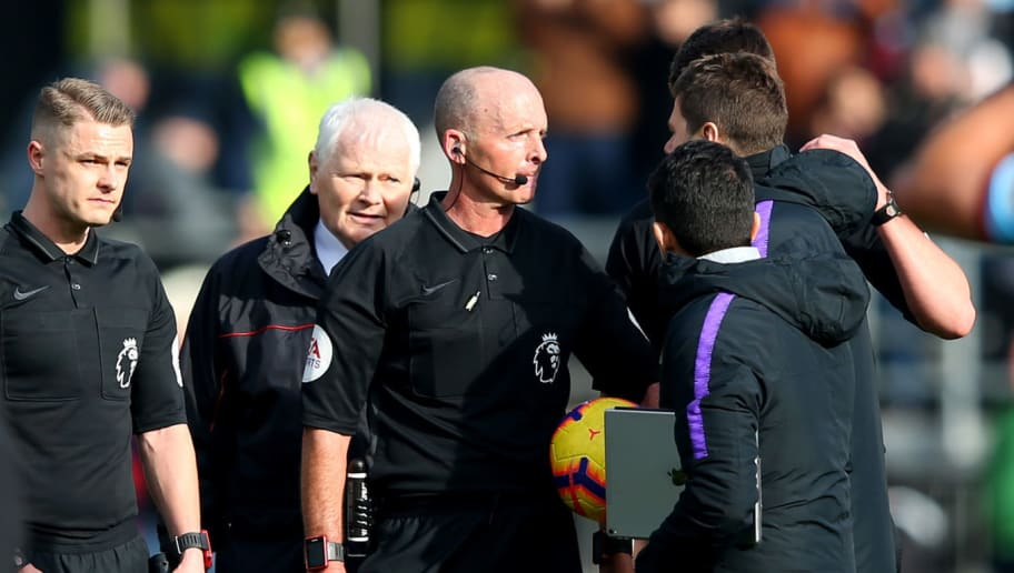 Spurs Boss Mauricio Pochettino Admits He Made A Mistake Accosting Mike Dean After Burnley Defeat 90min