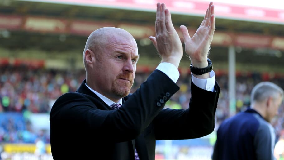 BURNLEY, ENGLAND - MAY 13:  Sean Dyche, Manager of Burnley shows appreciation to the fans prior to the Premier League match between Burnley and AFC Bournemouth at Turf Moor on May 13, 2018 in Burnley, England.  (Photo by Nigel Roddis/Getty Images)