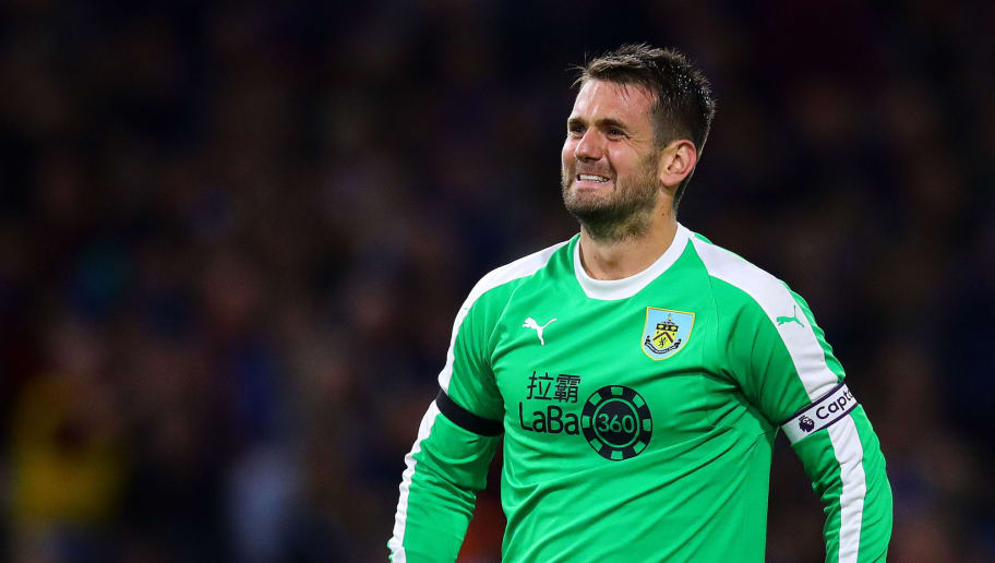 BURNLEY, ENGLAND - AUGUST 30: Tom Heaton of Burnley reacts during the UEFA Europa League Qualifying Play-Off Second Leg match between Burnley and Olympiakos at Turf Moor on August 30, 2018 in Burnley, England. (Photo by Chris Brunskill/Fantasista/Getty Images)