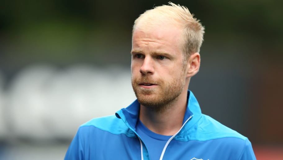 BURY, ENGLAND - JULY 18: Davy Klaassen during the Pre-Season Friendly match between Bury and Everton at Gigg Lane on July 18, 2018 in Bury, England. (Photo by James Williamson - AMA/Getty Images)