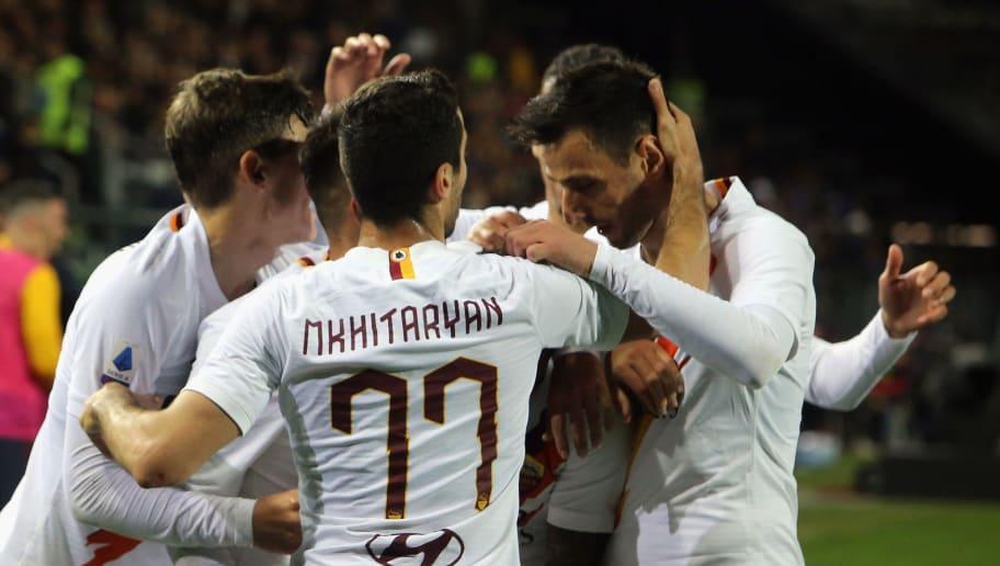 Justin Kluivert of Roma celebrates his goal 1-3