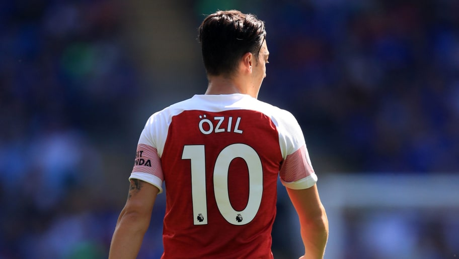 CARDIFF, WALES - SEPTEMBER 02: Mesut Ozil of Arsenal during the Premier League match between Cardiff City and Arsenal FC at Cardiff City Stadium on September 2, 2018 in Cardiff, United Kingdom. (Photo by Marc Atkins/Getty Images)