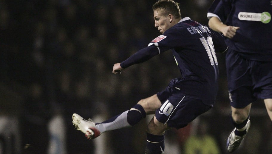 SOUTHEND-ON-SEA, UNITED KINGDOM - NOVEMBER 7:  Freddy Eastwood scores his goal for Southend during the Carling Cup Fourth Round match between Southend United and Manchester United at Roots Hall on November 7, 2006 in Southend On Sea, England.  (Photo by Jamie McDonald/Getty Images)