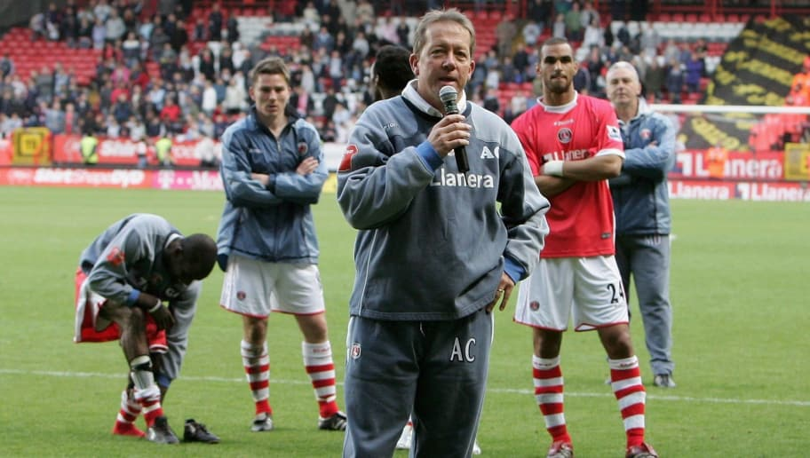 LONDON - APRIL 29:  Alan Curbishley the Charlton Manager says farewell to the Fans following his final home game in charge during the Barclays Premiership match between Charlton Athletic and Blackburn Rovers at the Valley on April 29, 2006 in London, England.  (Photo by Phil Cole/Getty Images)