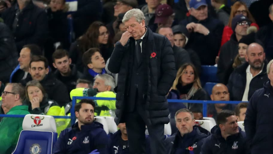 LONDON, ENGLAND - NOVEMBER 04:  Roy Hodgson, Manager of Crystal Palace reacts during the Premier League match between Chelsea FC and Crystal Palace at Stamford Bridge on November 4, 2018 in London, United Kingdom.  (Photo by Richard Heathcote/Getty Images)