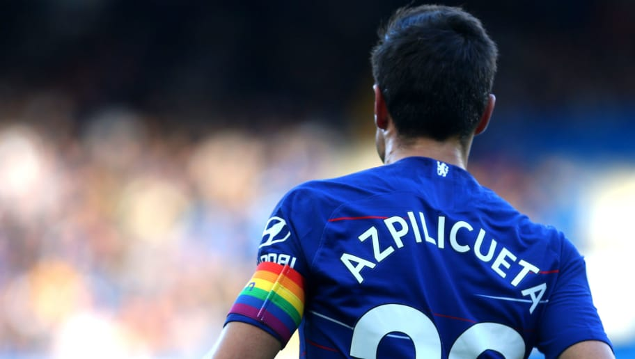 best service 894d2 d8f9b Cesar Azpilicueta Signs New Long-Term Chelsea Deal After ...