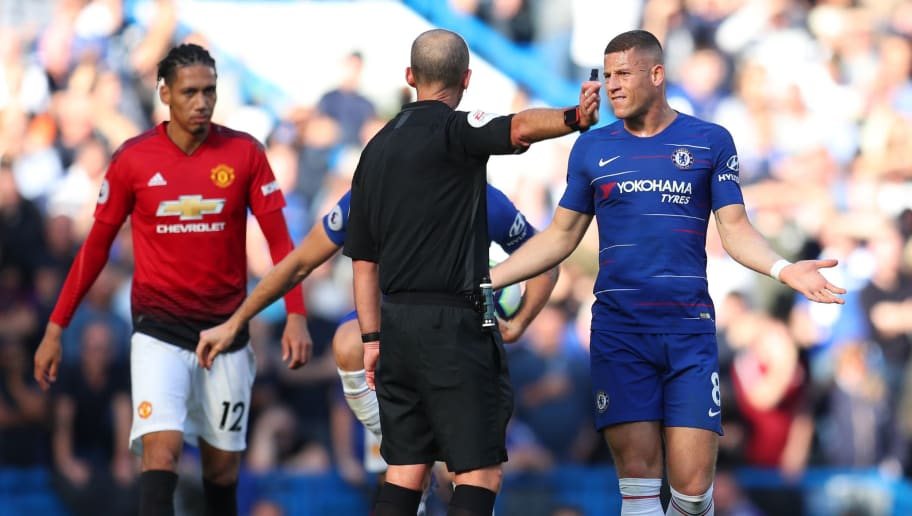 LONDON, ENGLAND - OCTOBER 20:  Ross Barkley of Chelsea appeals to referee Mike Dean during the Premier League match between Chelsea FC and Manchester United at Stamford Bridge on October 20, 2018 in London, United Kingdom.  (Photo by Catherine Ivill/Getty Images)