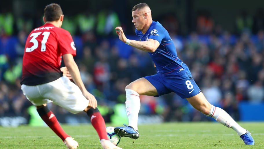 LONDON, ENGLAND - OCTOBER 20:  Ross Barkley of Chelsea runs with the ball during the Premier League match between Chelsea FC and Manchester United at Stamford Bridge on October 20, 2018 in London, United Kingdom.  (Photo by Clive Rose/Getty Images)