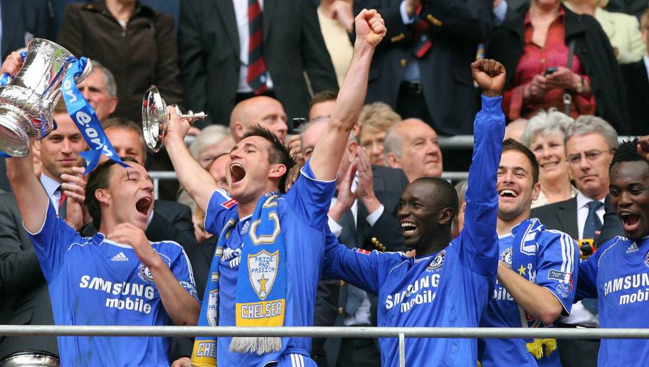 Chelsea's John Terry, (L) Frank Lampard...
