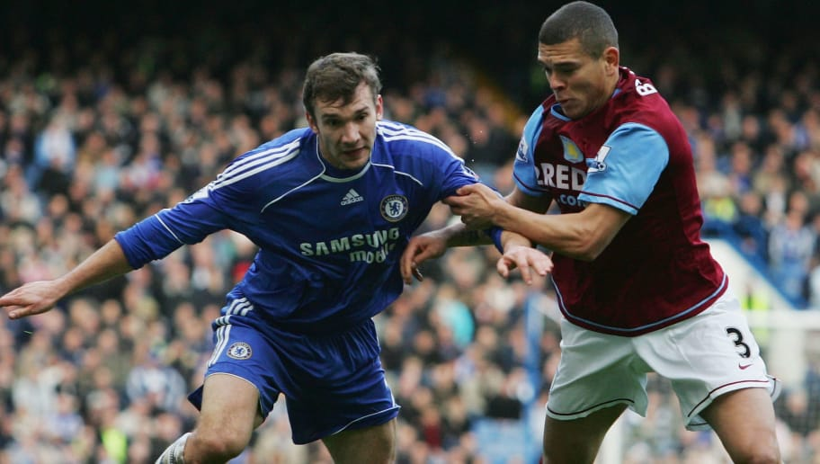 LONDON - DECEMBER 26:  Andriy Shevchenko (L) of Chelsea battles for the ball with Wilfred Bouma of Aston Villa during the Barclays Premier League match between Chelsea and Aston Villa at Stamford Bridge on December 26, 2007 in London, England.  (Photo by Ian Walton/Getty Images)