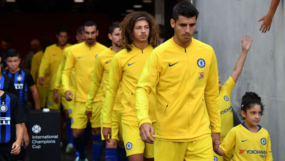 NICE, FRANCE - JULY 28: Alvaro Morata of Chelsea(R) prepares to take the field prior to the start during the International Champions Cup 2018 match between Chelsea and FC Internazionale at Allianz Riviera Stadium on July 28, 2018 in Nice, France. (Photo by Valerio Pennicino/International Champions Cup/Getty Images)