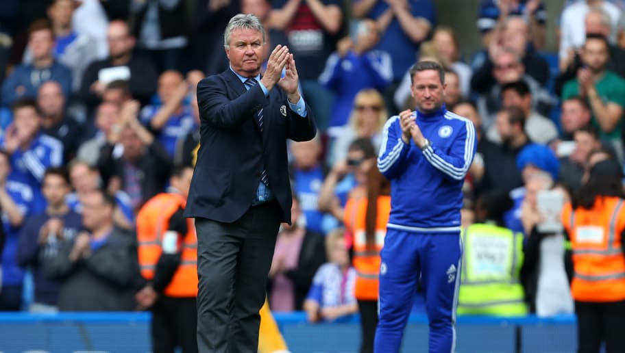 LONDON, ENGLAND - MAY 15: Guus Hiddink interim manager of Chelsea applauds after the Barclays Premier League match between Chelsea and Leicester City at Stamford Bridge on May 15, 2016 in London, England. (Photo by Catherine Ivill - AMA/Getty Images)