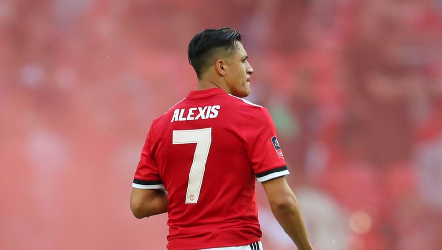 LONDON, ENGLAND - MAY 19:  Alexis Sanchez of Manchester United looks dejected following The Emirates FA Cup Final between Chelsea and Manchester United at Wembley Stadium on May 19, 2018 in London, England.  (Photo by Catherine Ivill/Getty Images)