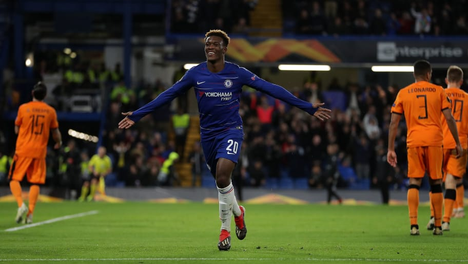 LONDON, ENGLAND - NOVEMBER 29: Callum Hudson-Odoi of Chelsea celebrates after scoring his team's third goal during the UEFA Europa League Group L match between Chelsea and PAOK at Stamford Bridge on November 29, 2018 in London, United Kingdom.  (Photo by Richard Heathcote/Getty Images)