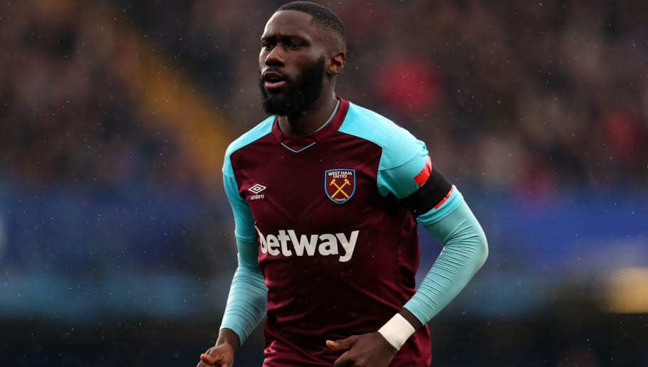 LONDON, ENGLAND - APRIL 08: Arthur Masuaku of West Ham United during the Premier League match between Chelsea and West Ham United at Stamford Bridge on April 8, 2018 in London, England. (Photo by Catherine Ivill/Getty Images)