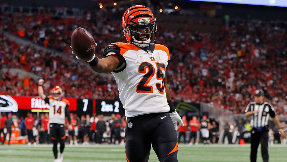 ATLANTA, GA - SEPTEMBER 30: Giovani Bernard #25 of the Cincinnati Bengals scores a touchdown during the second quarter against the Atlanta Falcons at Mercedes-Benz Stadium on September 30, 2018 in Atlanta, Georgia. (Photo by Kevin C. Cox/Getty Images)
