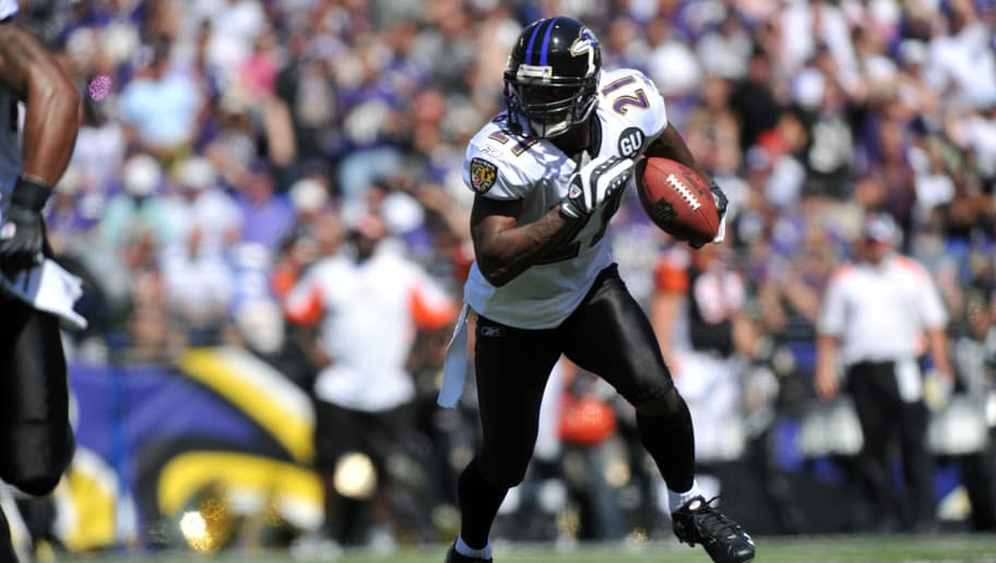 BALTIMORE - SEPTEMBER 7:  Chris McAlister #21 of the Baltimore Ravens runs for yards against the Cincinnati Bengals at M&T Bank Stadium on September 7, 2008 in Baltimore, Maryland. The Ravens defeated the Bengals 17-10. (Photo by Larry French/Getty Images)