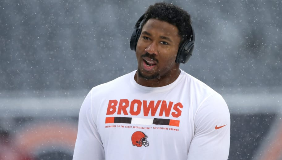 CHICAGO, IL - DECEMBER 24:  Myles Garrett #95 of the Cleveland Browns warms up prior to the game against the Chicago Bears at Soldier Field on December 24, 2017 in Chicago, Illinois.  (Photo by Dylan Buell/Getty Images)