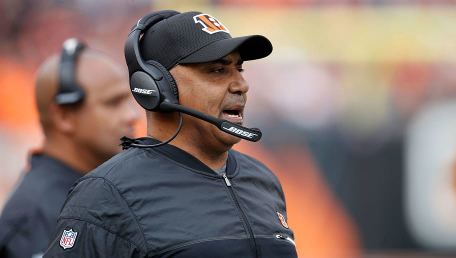 CINCINNATI, OH - NOVEMBER 25:  Head coach Marvin Lewis of the Cincinnati Bengals calls a play during the second quarter of the game agains the Cleveland Browns at Paul Brown Stadium on November 25, 2018 in Cincinnati, Ohio. (Photo by Joe Robbins/Getty Images)