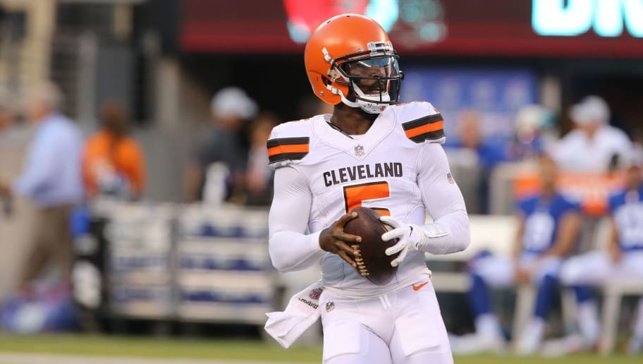EAST RUTHERFORD, NJ - AUGUST 09: Tyrod Taylor #5 of the Cleveland Browns in action against the New York Giants during their preseason game on August 9,2018 at MetLife Stadium in East Rutherford, New Jersey. (Photo by Al Pereira/Getty Images)