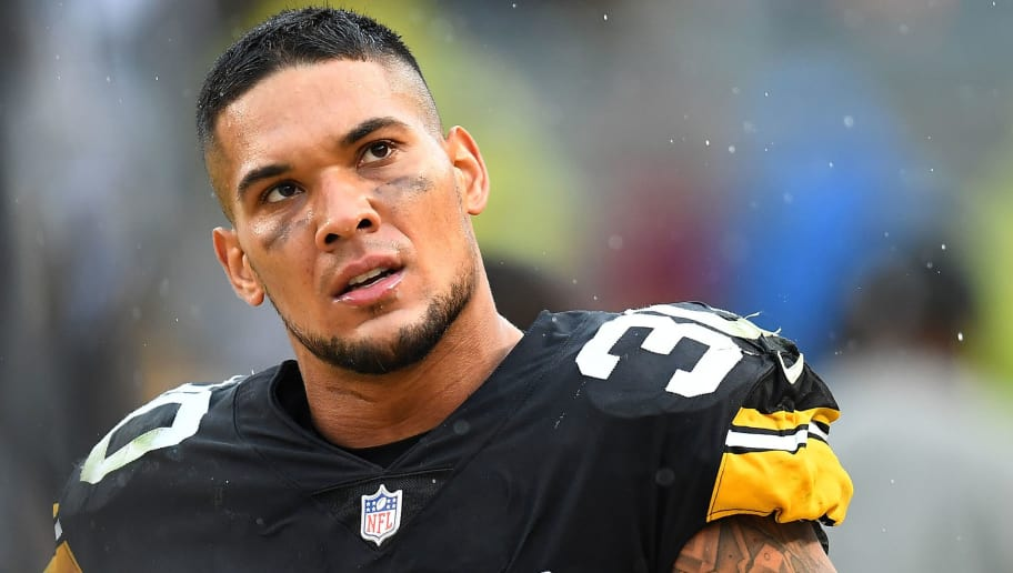 PITTSBURGH, PA - OCTOBER 28:  James Conner #30 of the Pittsburgh Steelers looks on during the game against the Cleveland Browns at Heinz Field on October 28, 2018 in Pittsburgh, Pennsylvania. (Photo by Joe Sargent/Getty Images)