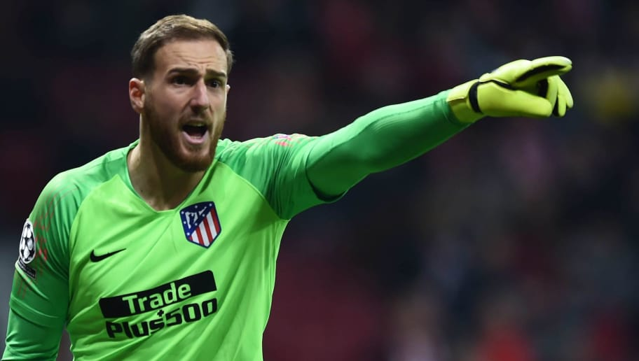 MADRID, SPAIN - NOVEMBER 28:  Jan Oblak of Club Atletico de Madrid reacts during the UEFA Champions League Group A match between Club Atletico de Madrid and AS Monaco at Estadio Wanda Metropolitano on November 28, 2018 in Madrid, Spain. (Photo by Denis Doyle/Getty Images)