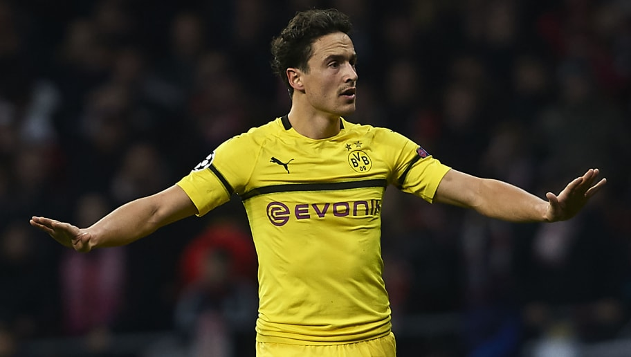 MADRID, SPAIN - NOVEMBER 06:  Thomas Delaney of Borussia Dortmund reacts during the Group A match of the UEFA Champions League between Club Atletico de Madrid and Borussia Dortmund at Estadio Wanda Metropolitano on November 6, 2018 in Madrid, Spain.  (Photo by Quality Sport Images/Getty Images)