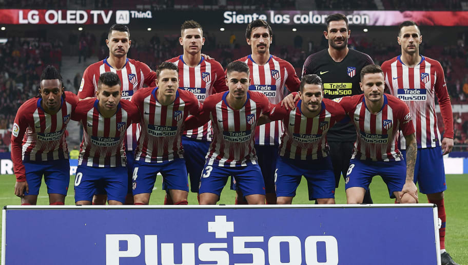 MADRID, SPAIN - DECEMBER 05: Players of Atletico de Madrid line up for a team photo prior to the Spanish Copa del Rey second leg match between Atletico de Madrid and Sant Andreu at Estadio Wanda Metropolitano on December 05, 2018 in Madrid, Spain. (Photo by Quality Sport Images/Getty Images)