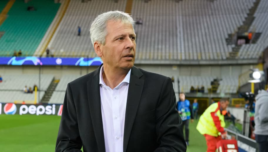 BRUGGE, BELGIUM - SEPTEMBER 18: Head coach Lucien Favre of Borussia Dortmund looks on prior to the UEFA Champions League Group A match between Club Brugge and Borussia Dortmund at Jan Breydel Stadium on September 18, 2018 in Brugge, Belgium. (Photo by TF-Images/Getty Images)