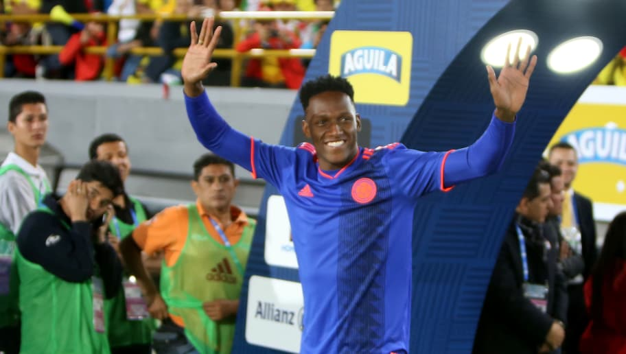 BOGOTA, COLOMBIA - MAY 25: Yerry Mina of Colombia greets to the public during a training session open to the public as part of the preparation for FIFA World Cup Russia 2018 on May 25, 2018 in Bogota, Colombia. (Photo by Gabriel Aponte/Getty Images)