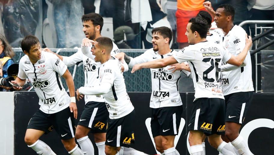 Jogador recebe proposta e pode deixar o Corinthians  ddad45bae568c