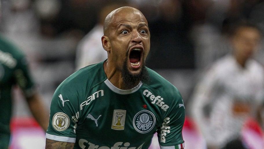 Eufórico, Felipe Melo extravasa em comemoração de virada do Palmeiras e agita a internet