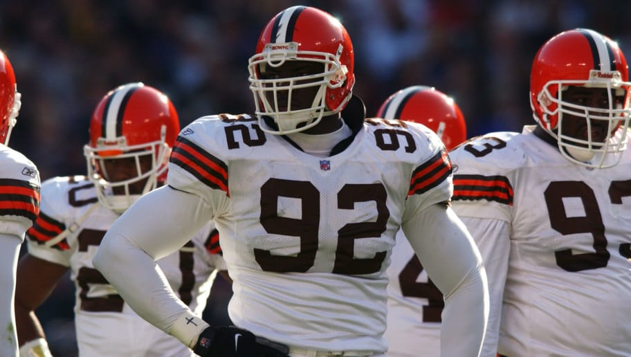 18 Nov 2001 : Courtney Brown of the Cleveland Browns during the game against the Baltimore Ravens at PSINet Stadium in Baltimore, Maryland. The Browns won 27-17. DIGITAL IMAGE. Mandatory Credit: Doug Pensinger/Allsport