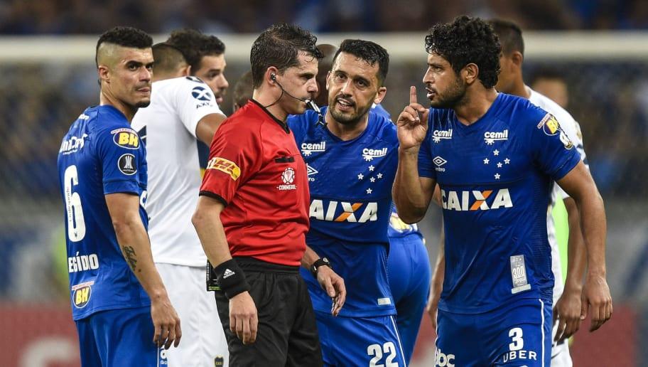 Edilson,Leo,Andres Cunha