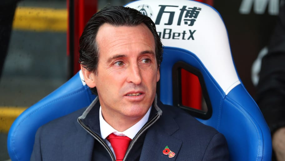 LONDON, ENGLAND - OCTOBER 28:  Unai Emery, Manager of Arsenal looks on during the Premier League match between Crystal Palace and Arsenal FC at Selhurst Park on October 28, 2018 in London, United Kingdom.  (Photo by Catherine Ivill/Getty Images)