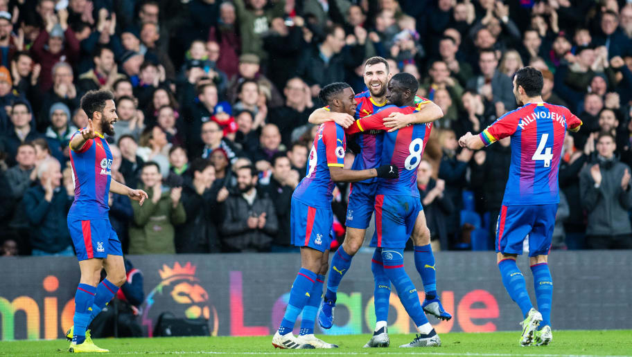 LONDON, ENGLAND - DECEMBER 01: James McArthur celebrate with team mates after scoring goal during the Premier League match between Crystal Palace and Burnley FC at Selhurst Park on December 1, 2018 in London, United Kingdom. (Photo by Sebastian Frej/MB Media/Getty Images)