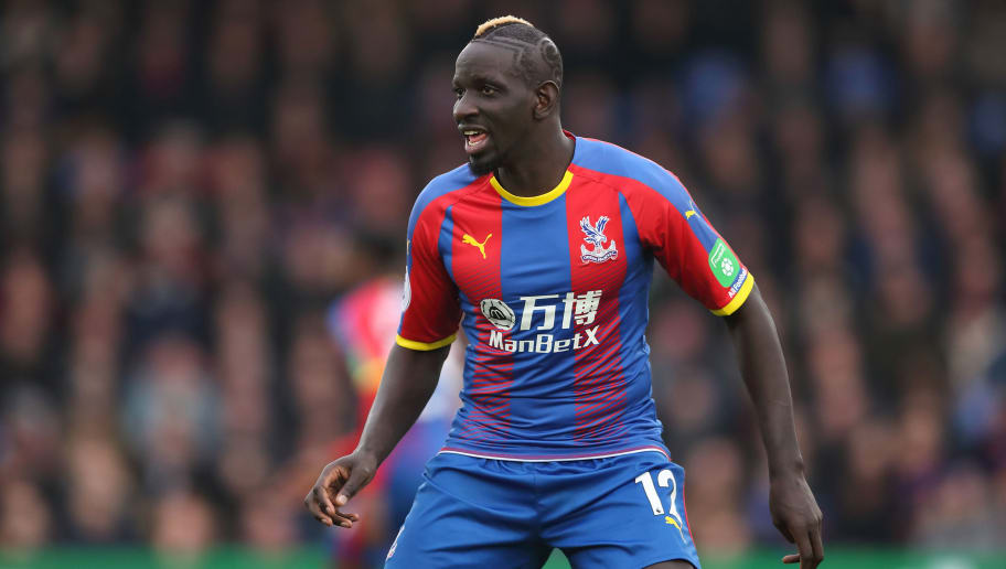 LONDON, ENGLAND - DECEMBER 30: Mamadou Sakho of Crystal Palace during the Premier League match between Crystal Palace and Chelsea FC at Selhurst Park on December 30, 2018 in London, United Kingdom. (Photo by James Williamson - AMA/Getty Images)