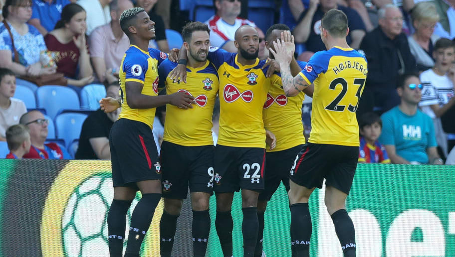 LONDON, ENGLAND - SEPTEMBER 01:  Danny Ings of Southampton celebrates after scoring his team's first goal with team mates during the Premier League match between Crystal Palace and Southampton FC at Selhurst Park on September 1, 2018 in London, United Kingdom.  (Photo by Alex Morton/Getty Images)